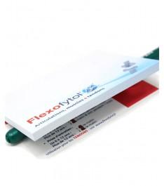 Memo adesivi con intaglio personalizzato su ogni foglietto e sottoblocco personalizzato fronte e retro