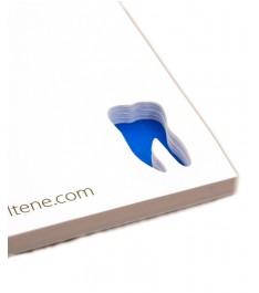 Memo adesivi con intaglio personalizzato su ogni foglietto
