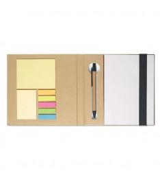 Set da scrivania personalizzato con Block notes, post-it, segnapagina e penna. Dettagli neri