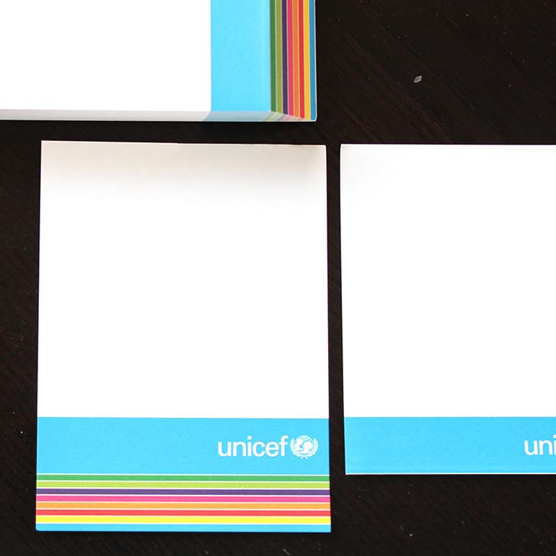 ultimo foglio blocchetto con grafica arcobaleno