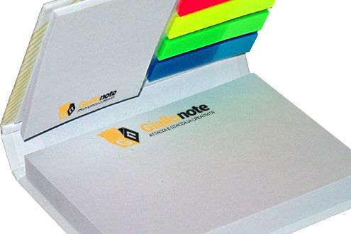 Memo adesivo combinato con copertina rigida, segnapagina e blocchetti adesivi 2 dimensioni