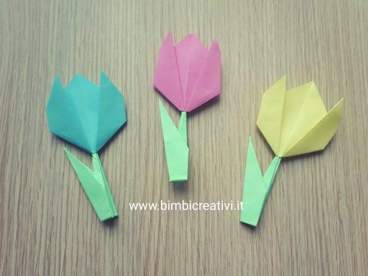 Origami di tulipani colorati